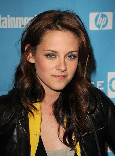 kristen stewart twilight hair. Kristen Stewart is reportedly