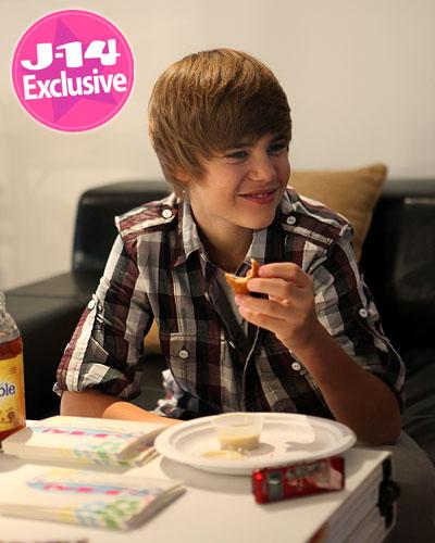 Fashion Photoshoot   Scenes on Justin Bieber J 14 Photoshoot Behind The Scenes      Teen Creations